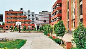 Jawaharlal Nehru University officials meet students ...