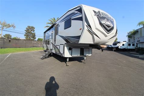 2021 Eclipse Attitude Wide Lite 5th Wheel 3322SAG - Colton ...