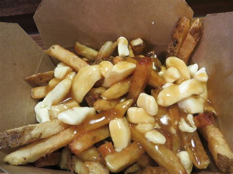poutine cuisine 71 canadian cuisine at smokes poutinerie 1000 things