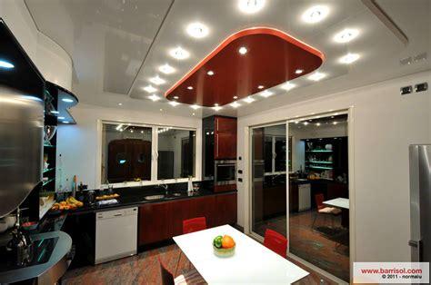 plafond suspendu cuisine cuisine le plafond tendu barrisol dans votre cuisine