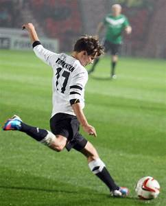 One Direction Picture 192 - Louis Tomlinson Taking Part in ...
