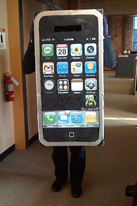 iphone costume 8 nerdy costumes that even the geekiest of geeks