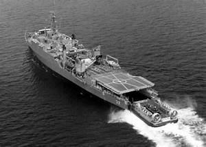 Spiegel Groß Weiß : 30 best images about gator navy on pinterest warfare whidbey island and denver ~ Markanthonyermac.com Haus und Dekorationen