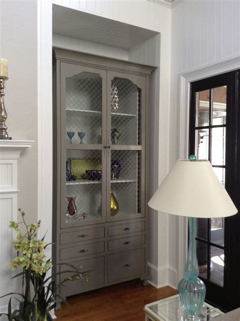 sparrow benjamin moore small house living