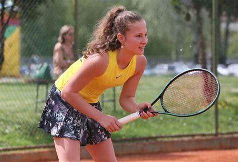 Mlada bh. teniserka Emina Lagarija osvojila titulu u dublu ...