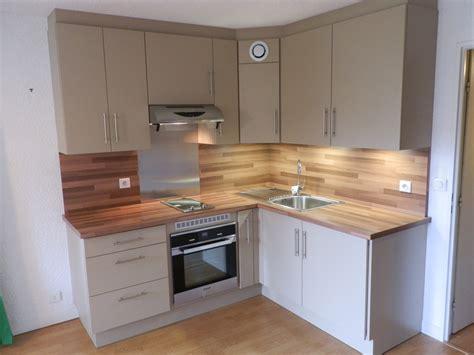 cuisine imitation bois plan de travail stratifie imitation bois maison design