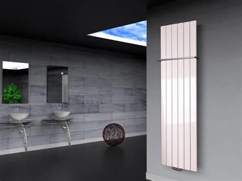 Badheizkörper Peking 3, 180x47cm, 1118 Watt Weiß Mit
