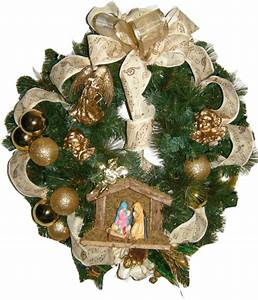Nativity Scene Wreath
