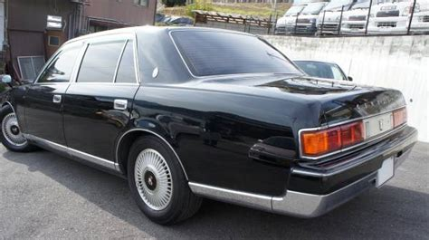 1998 Toyota Century 5000cc For Sale In Japan-1