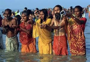 Hindoos celebrate Makar Sankranti