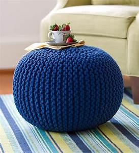 Pouf Tricot Jaune : pingl par sur pinterest tricot pouf et crochet ~ Teatrodelosmanantiales.com Idées de Décoration
