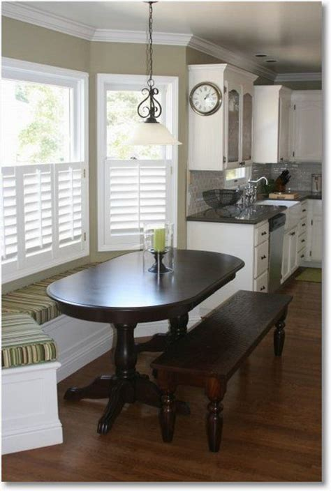 Banquette bench for a bay window, kitchen seating, shaped bench, breakfast nook. built in kitchen seating. Always loved this look!! Or a ...
