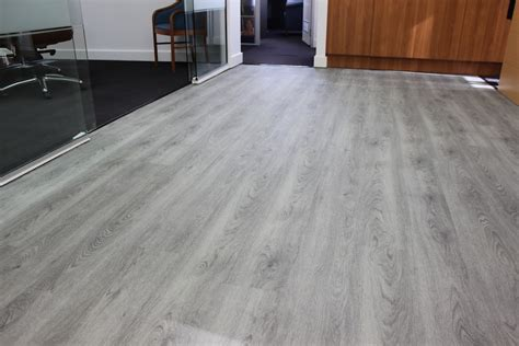 illusions loose lay vinyl planks grey gum  southport