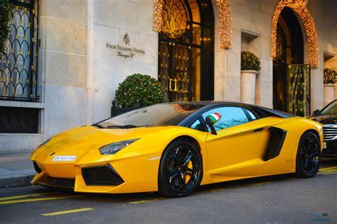 Bugatti Lamborghini by Wallpaper Yellow Lamborghini Aventador Porsche