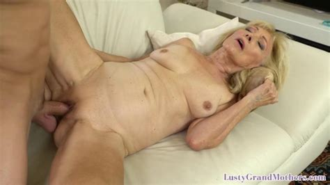 Cougar Granny Bent Over And Doggy Styled Porn Videos