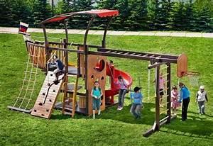 aire de jeux enfant en 18 idees pour amenager votre jardin With conseil pour peindre un mur 18 cabane de jardin en palette bois pour enfant