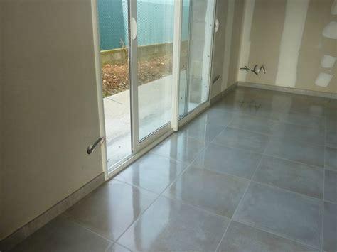 carrelage salon couloir construction maison sp