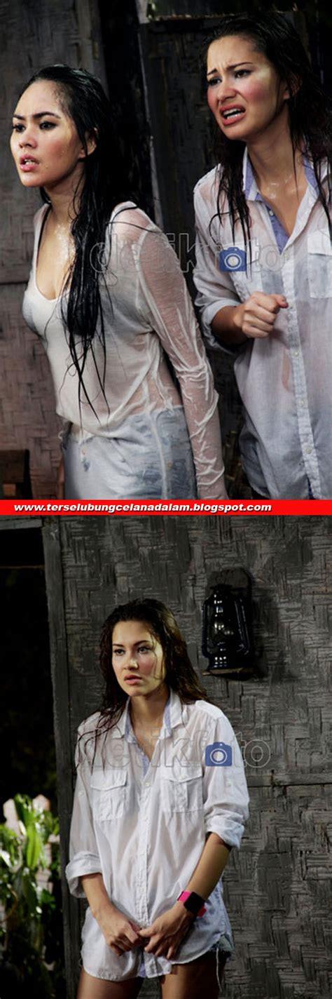 Gallery Foto Seksi Kartika Putri Saat Mandi Bugil