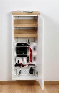Schreibtisch Im Schrank Verstecken : die besten 17 ideen zu kabel verstecken auf pinterest kabel box verstecken eingangsbereich ~ Markanthonyermac.com Haus und Dekorationen