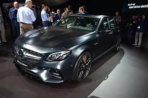 Mercedes E 63 Amg : mercedes amg e63 s edition 1 is black at 2016 la auto show autoevolution ~ Medecine-chirurgie-esthetiques.com Avis de Voitures