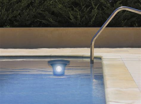 solar powered led swimming pool light