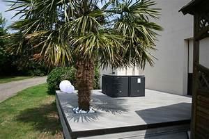 amenagement d39une terrasse en bois composite gris With superior amenagement jardin avec galets 1 amenagement paysager avec terrasse en bois composite