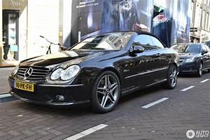 Mercedes 55 Amg : mercedes benz clk 55 amg cabriolet 14 march 2016 autogespot ~ Medecine-chirurgie-esthetiques.com Avis de Voitures