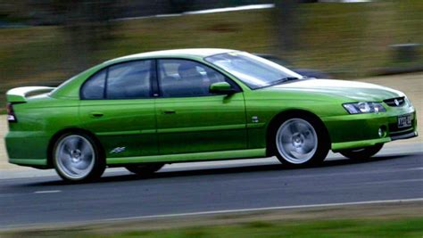 car review holden commodore vyvy ii   car