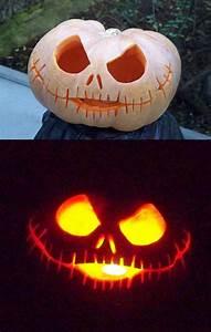 Une Citrouille Pour Halloween : citrouille jack skellington ~ Carolinahurricanesstore.com Idées de Décoration