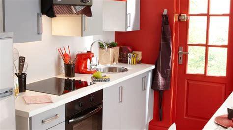 Peinture Rouge, Cuisine Rouge, Chambre Rouge