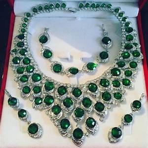 parure argente strass vert cristal mariage au royaume du With parure mariage strass