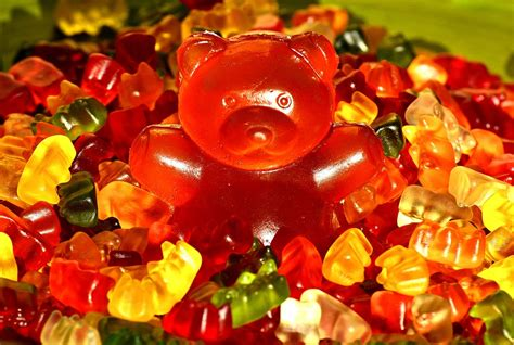 gummibaerchen giant rubber bear  photo  pixabay