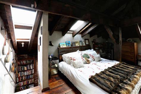 Zimmer Mit Dachschräge Gestalten by Kleines Schlafzimmer Mit Dachschr 228 Ge Gestalten
