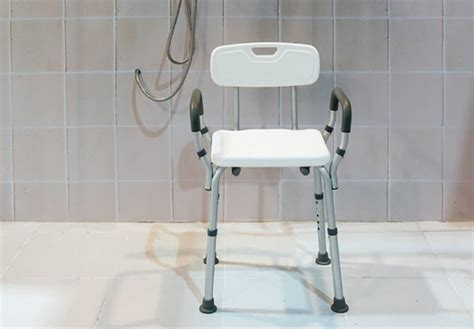 Elderly Shower Chair by The 6 Best Handicap Shower Chair For Elderly And Disabled