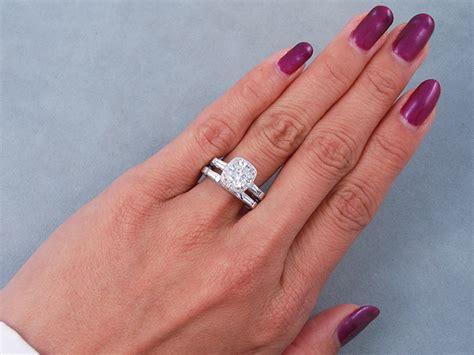2 51 ctw cushion cut wedding ring d vs2 includes a matching wedding ring
