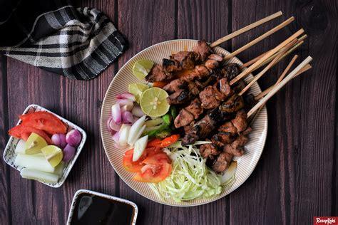 Daging paha ayam dalam resep ini bisa anda ganti dengan dada ayam fillet jika suka. Sate Kambing Enak Empuk Gurih Berbumbu Praktis - Resep ...