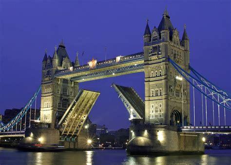 Top Ten Most Amazing Bridges In The World