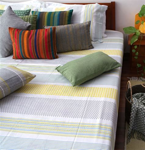 Cotton Bed Sheets by Broad Border Cotton Bed Sheet Yellow With 2 Pillow
