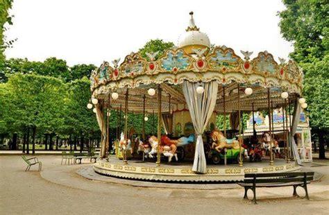 jardin des tuileries place de la concorde carousel