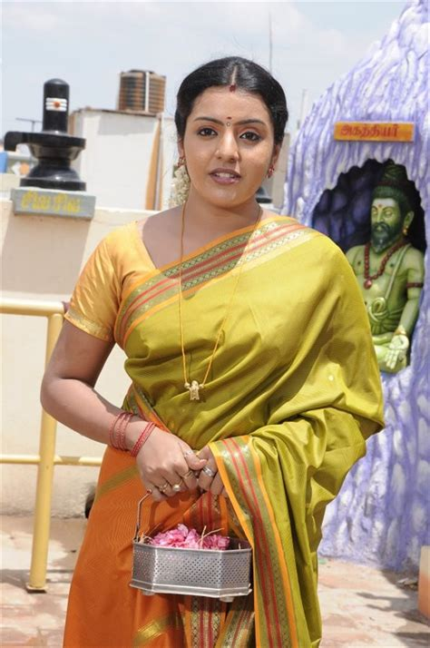 actress kanaka durga picture 1087669 actress divya nagesh in merku mogappair