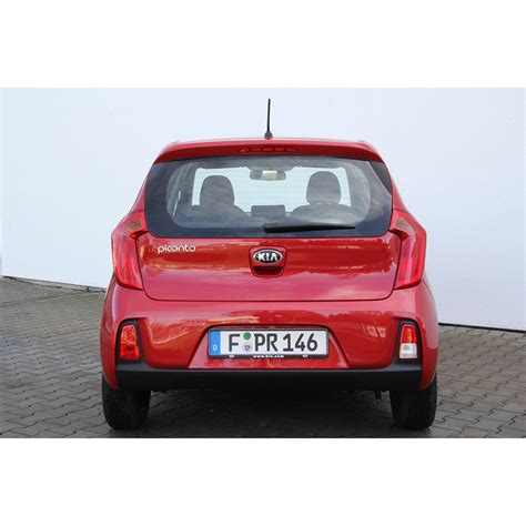 voiture citadine 5 portes test kia picanto 1 0l 66 ch 5 portes essai voiture citadine ufc que choisir