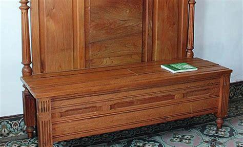 transformer un lit en canapé comment transformer un lit en banquette bricobistro