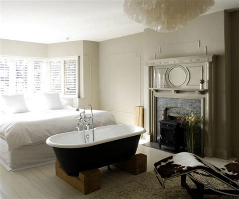 freestanding bathtub   bedroom  clear separation
