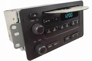 2000-2004 Chevrolet Tracker Factory Am Mono Fm Stereo Radio Cd Player