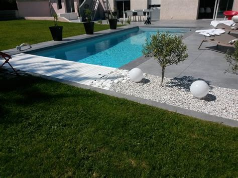 cuisine moderna piscine et aménagement carquefou contemporain terrasse