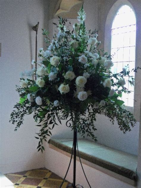 church wedding flowers pedestal google search wedding