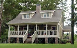 bungalow style house history of bungalow style homes house plans and more