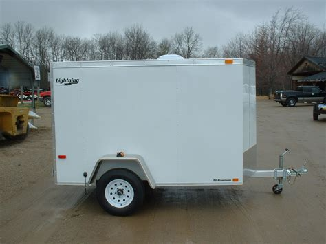 small enclosed cargo trailers