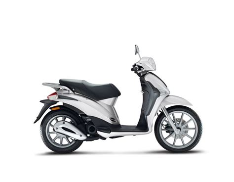 Review Piaggio Liberty by Review Of Piaggio Liberty S 50 Liberty S 50 4t Pictures