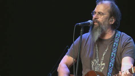 Steve Earle Talks Opiates, Autism And Stolen